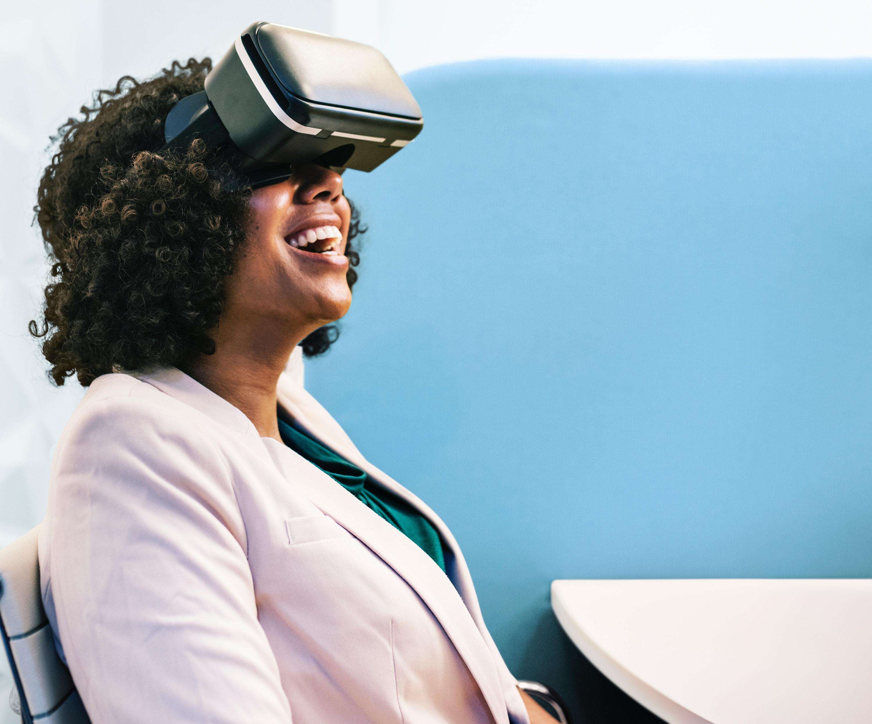 Digitalisaatio on osa opettajan arkea.
